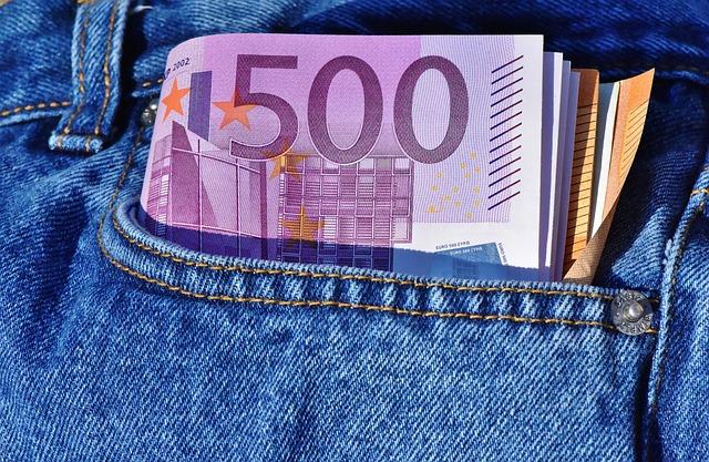 výplata v eurech